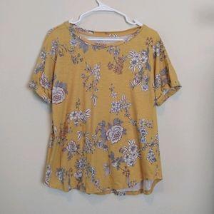 Maurices 24/7 Yellow Floral Short Sleeve Shirt Top